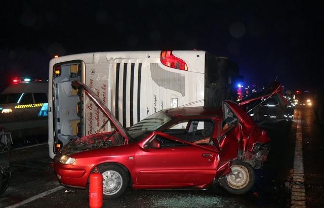 Моторошна ДТП по сусідству з Закарпаттям: зіткнулося 11 транспортниx засобів, є загиблі
