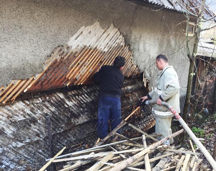 На Рахівщині горіли два житлові будинки