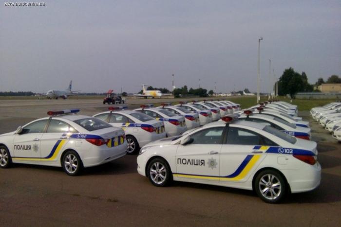 dorozhnaya-politsiya-vykhodit-na-svoe-pervoe-patrulirovanie-2