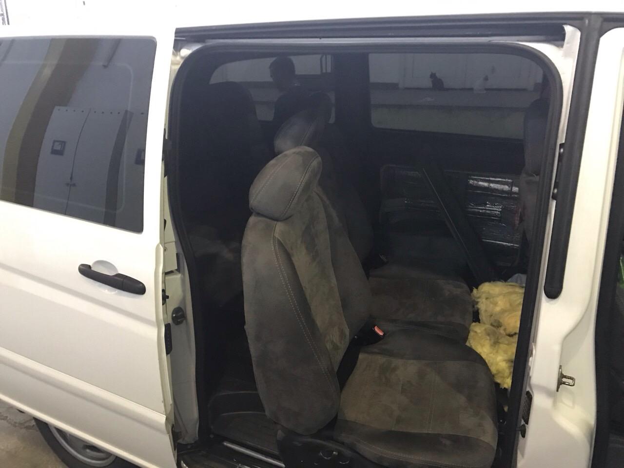 Чопські митники вилучили автомобіль вартістю майже 203 тис. грн.