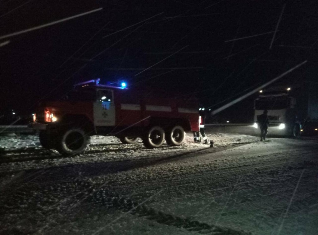 НаЗакарпатті рятувальники витягли ззаметів більше 20 авто