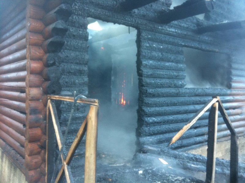 На Ужгородщині згорів дачний будинок