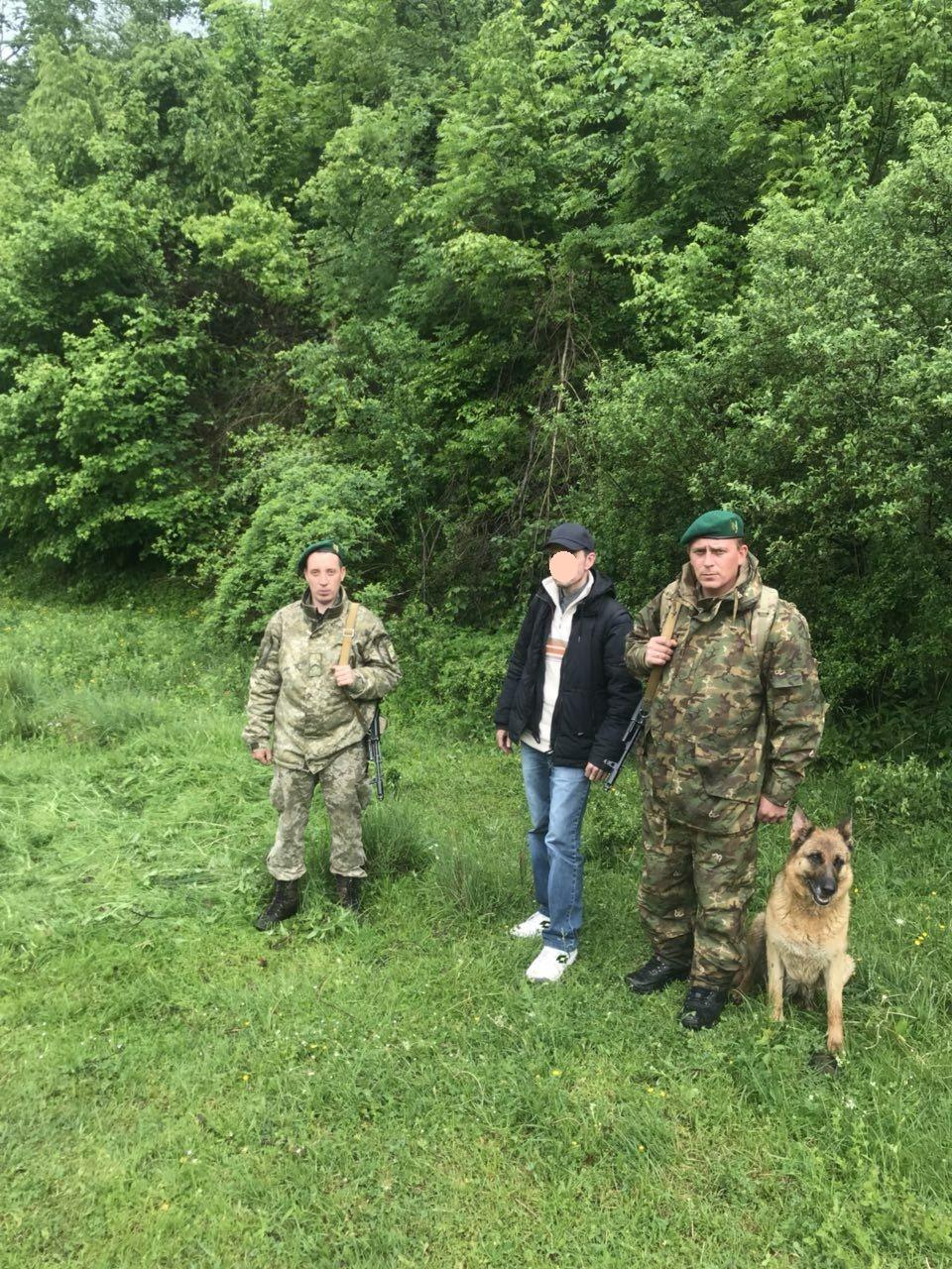 На Березнянщині затримали девятьох нелегалів. ФОТО