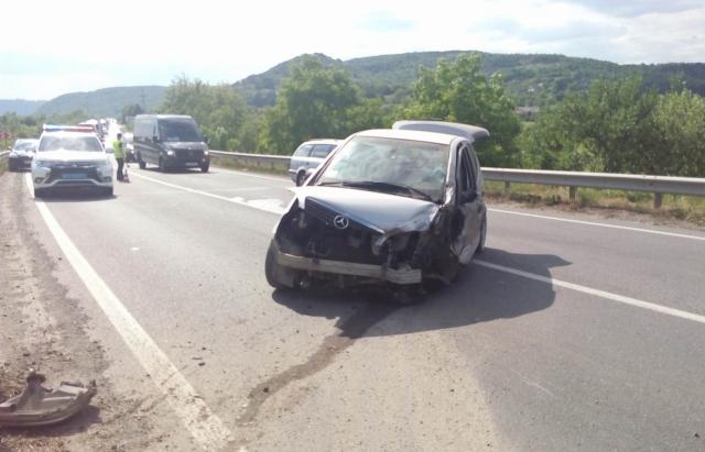 У двох потерпілих в ДТП на Мукачівщині відірвало кінцівки. ФОТО, ВІДЕО
