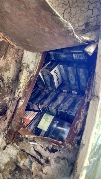 На «Лужанці» затримали напаковану контрабандними сигаретами «євробляху»