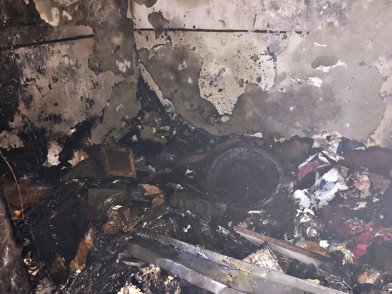 В Ужгороді на Анкудінова з вогню рятували чоловіка