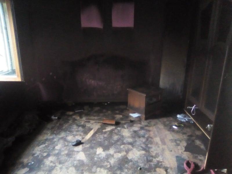 Восьмирічна закарпатка врятувала від загибелі на пожежі молодшого братика