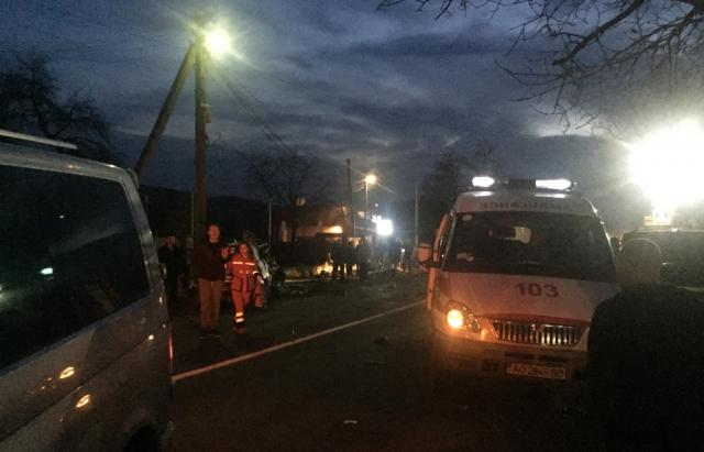 Через аварію на Ужгородщині постраждало двоє людей