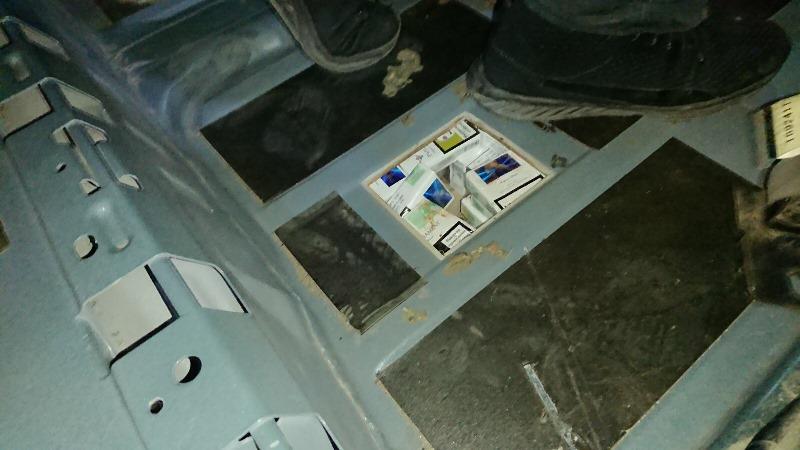 Молдованин віз через Закарпаття до Франції 1250 пачок цигарок. ФОТО
