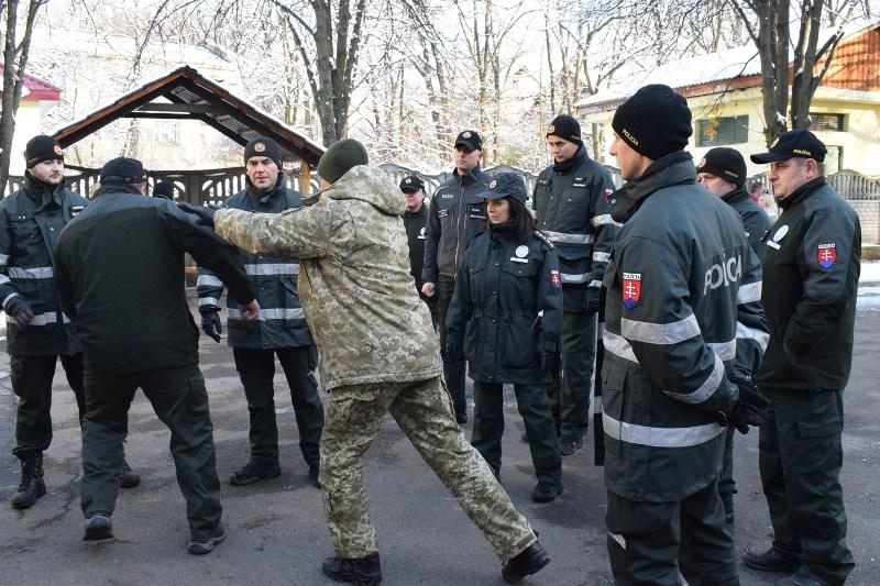 Українські та словацькі прикордонники удосконалювали навички спільного патрулювання