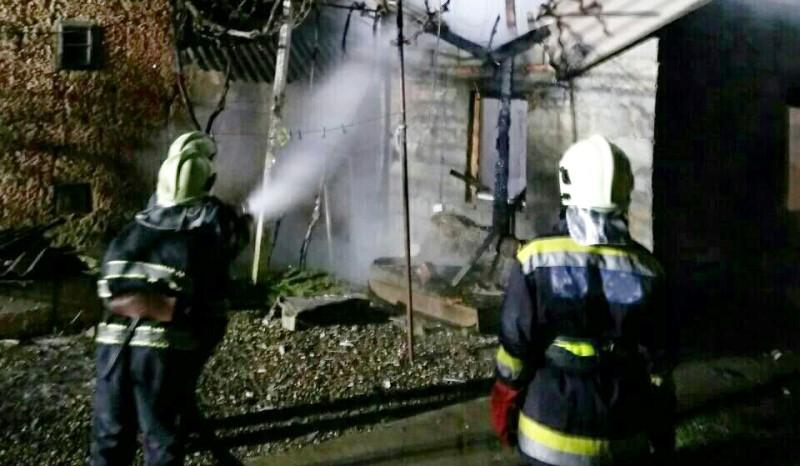 На Виноградівщині згорів житловий будинок пенсіонерки. ФОТО